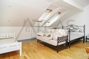 ložnice s manželskou postelí - Pronájem bytu 4+1 Praha 1 - Staré Město, Řeznická