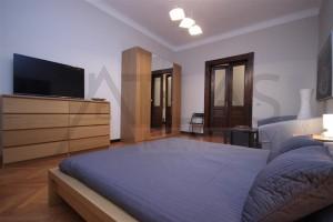 Pronájem bytu 4+1 Praha 2 - Vinohrady v blízkosti stanice metra Jiřího z Poděbrad