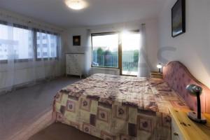 Ložnice s manželskou postelí - Pronájem bytu 3+kk Praha 6 - Vokovice, Červený Vrch, ulice Nepálská
