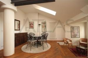 Pronájem mezonetového bytu 3+1, 128 m2 Praha 2 - Nové město, ul. Odborů