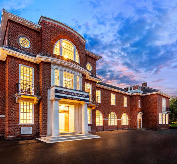 Scientologická církev Birmingham ve Velké Británii