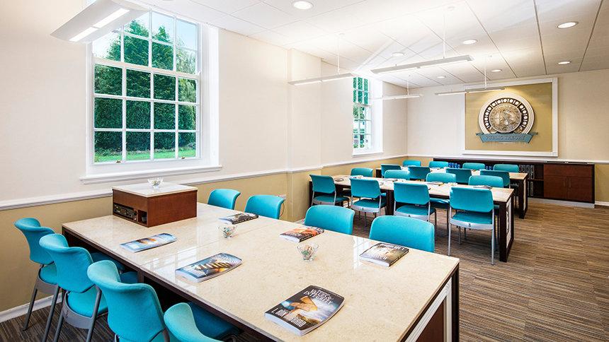 akademie - Scientologická církev Birmingham ve Velké Británii