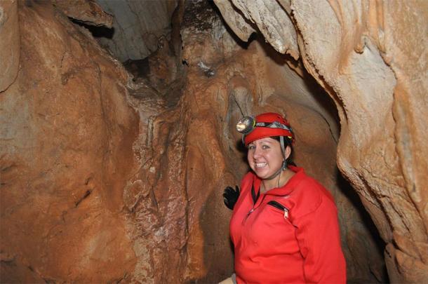 Kathleen Johnson sbírala vzorky stalagmitů z jeskyní v severním Laosu, aby vytvořila paleoklimatický záznam pro tuto studii.